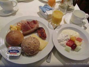 ドイツヴァインハイムホテルNHヴァインハイム朝食