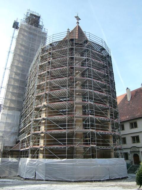ドイツハイデルベルク聖ヤコブ教会外観工事