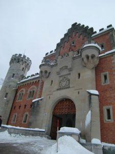 ドイツノイシュバンシュタイン城正門の城門館