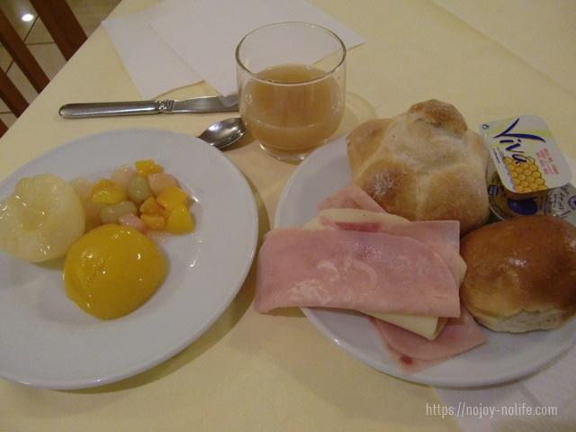 ローマのホテルアルドブランデンスキ朝食口コミ