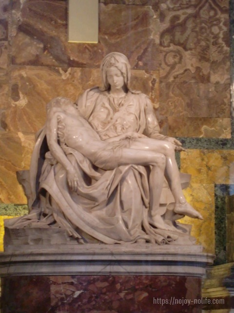 ローマバチカン市国サンピエトロ大聖堂ミケランジェロのピエタ