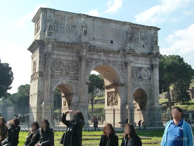 ローマコンスタンティヌスの凱旋門