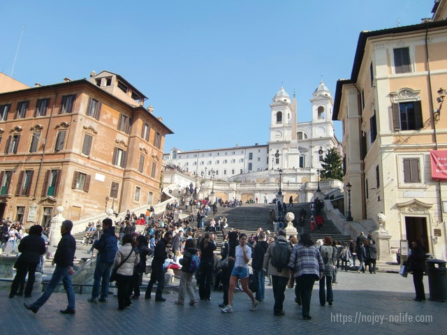 ローマの休日スペイン広場